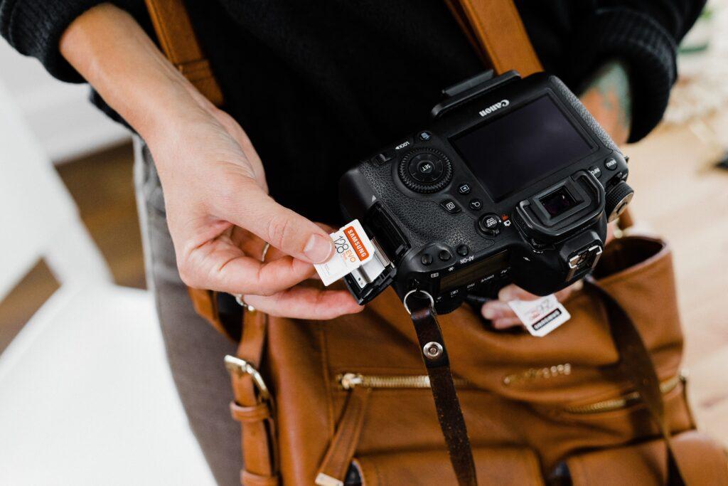 wyposażenie fotografa