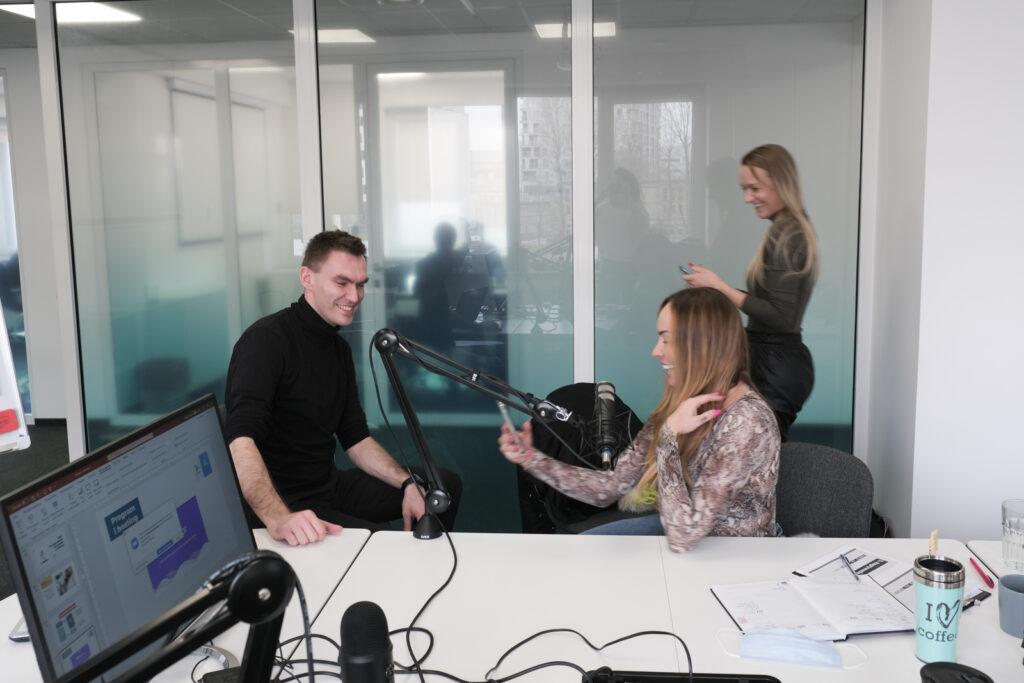 jak nagrywać podcast? szkolenie